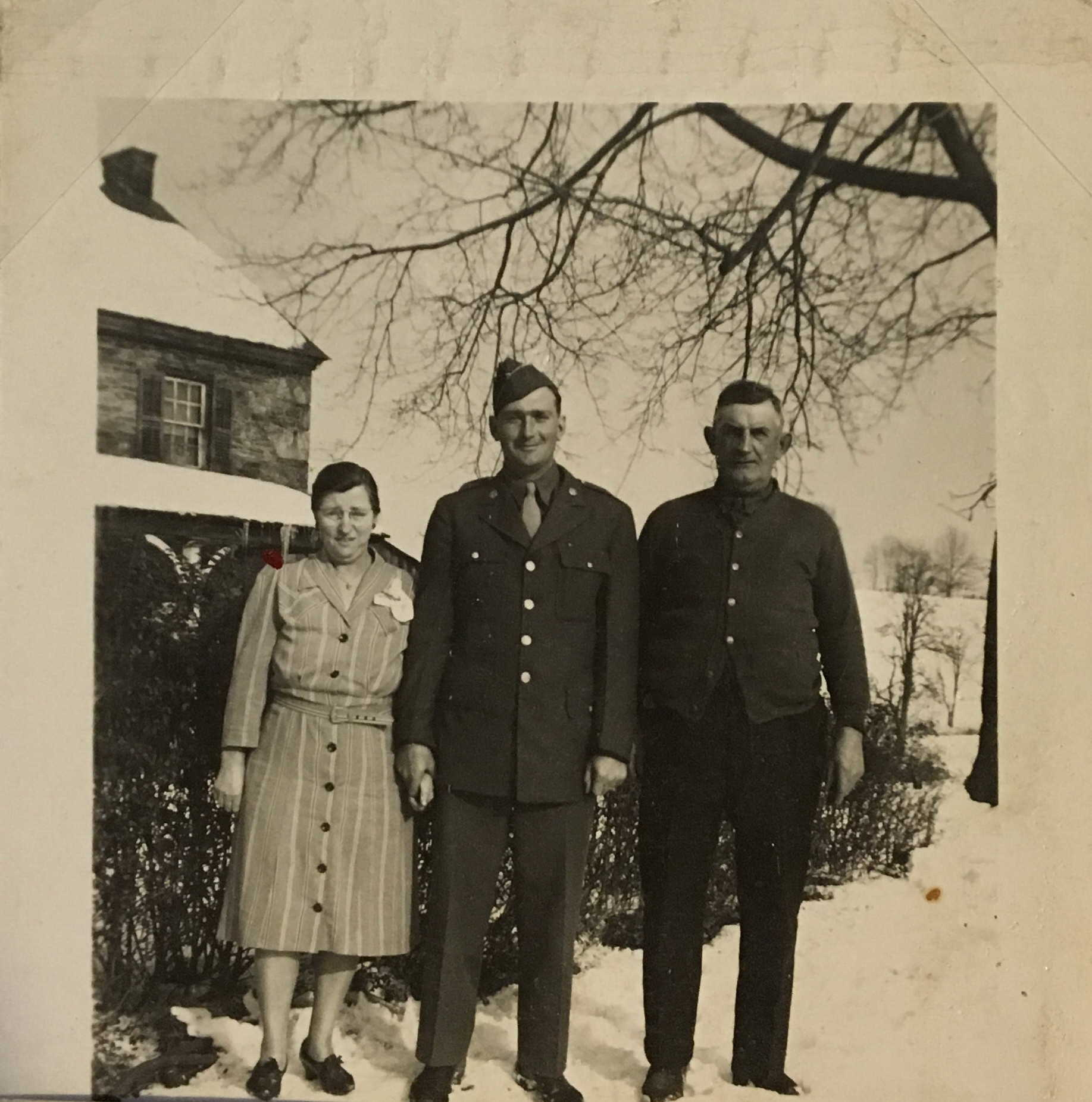 Last photo of George Bea with  his parents