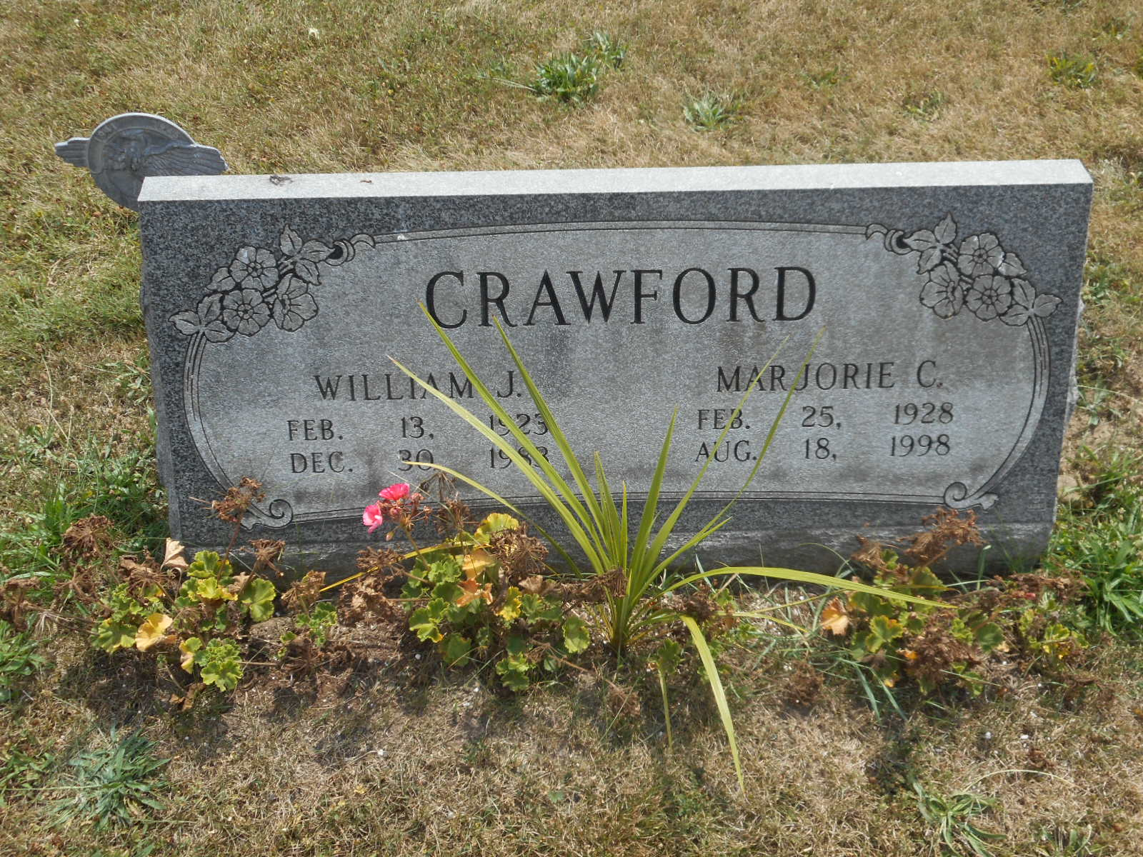 Crawford Grave stone courtesy of Doug Johnson